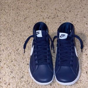 High top women's Nike shoes size 7.5